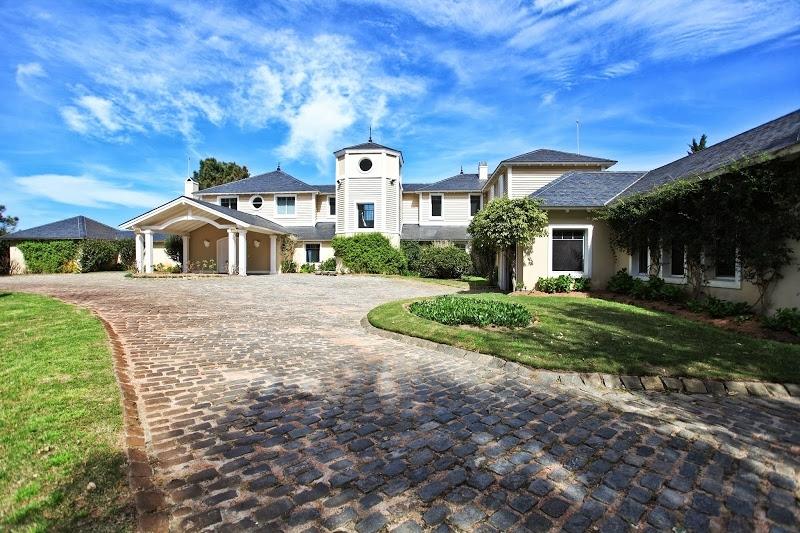 Casa en venta 5 dormitorios en punta ballena punta del este inmobiliaria terramar christie 39 s - Venta de apartamentos en costa ballena ...